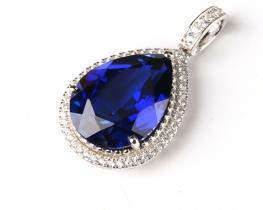 Srebrn obesek LOVE BLUE TEAR modri safir s cirkoni