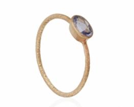 Zlat prstan modri Safir 6 x 4 mm