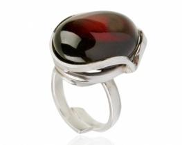 Srebrn prstan ČEŠNJEV jantar