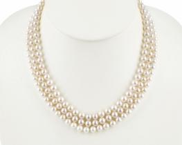 Troredna biserna ogrlica EVITA P.