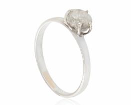 Srebrn prstan naravni diamant