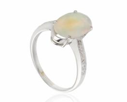 Srebrn prstan OPAL z diamanti