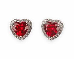 Uhani LOVE HEART z rubinom 7 mm