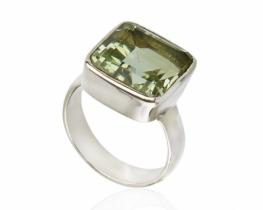 Srebrn prstan AMADEUS zeleni ametist
