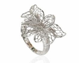Srebrn prstan Medea