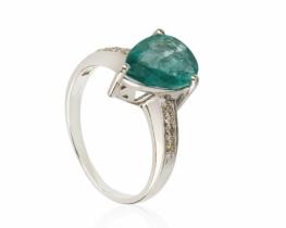 Zlat prstan ABELIA smaragd z diamanti