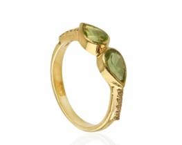 Diamantni prstan ABELIA - peridot 6 x 4 mm