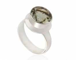 Srebrn prstan Briliantina zeleni ametist