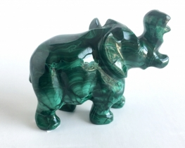 Slon iz malahita 75 x 65 mm