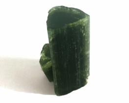 Zeleni turmalin kristal 16 x 37 mm