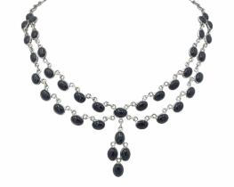 Srebrna ogrlica DIXIE iz oniksa