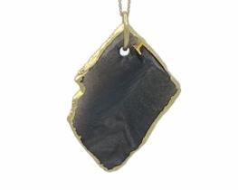 Obesek zlati obsidijan 28 x 41 mm
