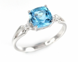 Srebrn prstan modri topaz LOVE BLUE 7 mm
