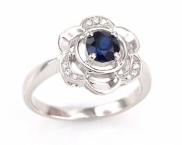 Srebrn prstan LOVE SMILE Flower - modri safir in cirkoni