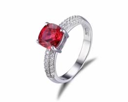 Srebrn prstan LOVE RED rubin s cirkoni