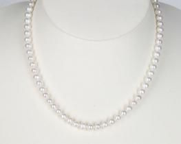 Biserna ogrlica MIRAMAR- bela 6 mm A