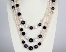 Dolga biserna ogrlica z ametisti