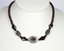 ETNO - ogrlica iz granata