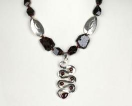 EVA - ogrlica iz granata in srebra