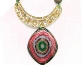 Modna ogrlica MUZA