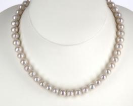 Biserna ogrlica EVITA P. 10,5 mm A