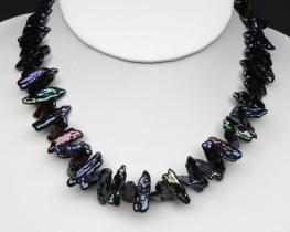 Ogrlica iz BIWA biserov 8x20 mm