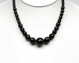 Ogrlica iz oniksa 8 - 18 mm