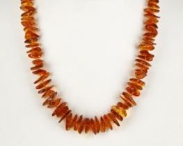 Ogrlica JANTAR nepravilnih oblik