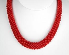 Ogrlica iz koral Makrame