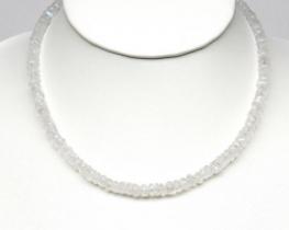 Ogrlica MAVRIČNI mesečev kamen - zlata zaponka