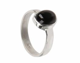 Srebrn prstan oniks 8 x 10 mm