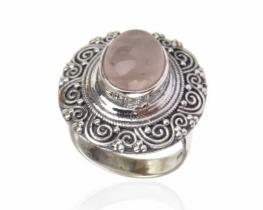 Srebrn prstan ARIANA - roževec - ametist
