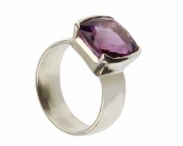 Srebrn prstan PRINC ametist 9 x 9 mm