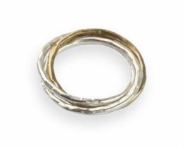Srebrn prstan TRIA