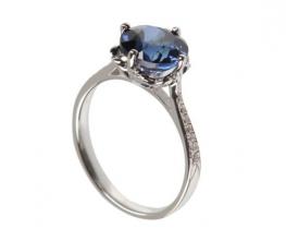 Srebrn prstan z modrim safirjem in cirkoni LOVE SMILE Blue