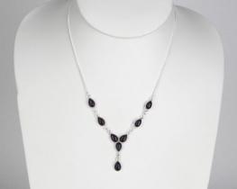 Srebrna ogrlica Solze - oniks