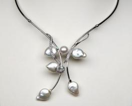 Srebrna ogrlica z biseri KATRIN