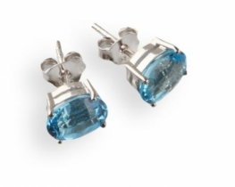 Srebrni uhani LOVE BLUE modri topaz 6 x 8 mm