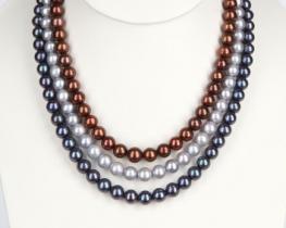 TRIS -troredna biserna ogrlica