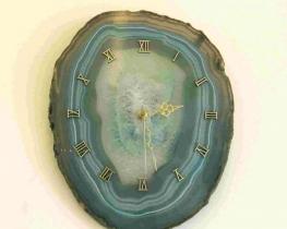Ura iz ahatne plošče