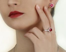 Komplet nakita LOVE HEART z rubinom