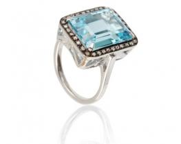 Viktorijanski prstan SKY BLUE z modrim topazom in diamanti