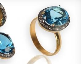Zlat prstan BLUERAY modri topaz z diamanti