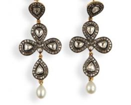 Zlati viktorijanski uhani z diamanti in biseri
